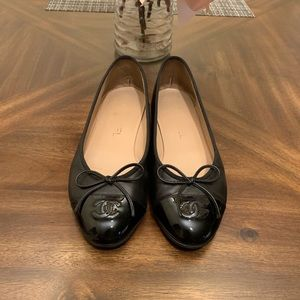 CHANEL shoes loafers black leather flats bow